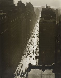 Berenice Abbott. Seventh Avenue Looking South from 35th Street, Manhattan. December 5, 1935.