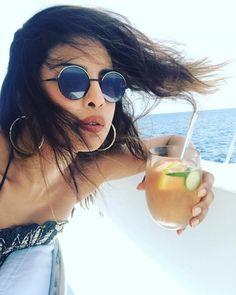 dfc8a6f077b Island Girl Priyanka Chopra chills like a boss on her vacation