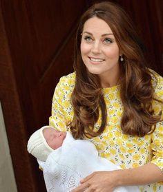 Kate und William: Fünf Fragen zum zweiten Royal Baby http://www.bild.de/unterhaltung/royals/catherine-mountbatten-windsor/fuenf-fragen-zum-royal-baby-nummer-zwei-40797570.bild.html