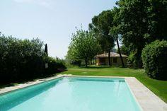 Residence Le Sponde Quadri Uno Quattro  Vrijstaande bungalow met eigen terras en gezamenlijk zwembad vlakbij Gardameer  EUR 647.01  Meer informatie  #vakantie http://vakantienaar.eu - http://facebook.com/vakantienaar.eu - https://start.me/p/VRobeo/vakantie-pagina