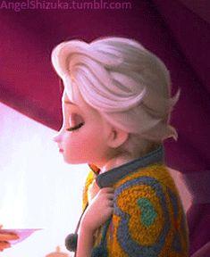 Elsa eating