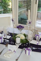 #purple wedding tables ... For a Reception Guide ... https://itunes.apple.com/us/app/the-gold-wedding-planner/id498112599?ls=1=8 ... plus how to organise your entire wedding ... The Gold Wedding Planner iPhone App ♥