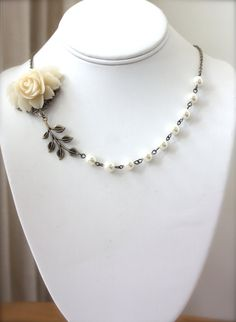 An Ivory Creamy Large Rose Flower and Ivory Swarovski Pearls Necklace.  Romantic. Vintage Bride 32.50
