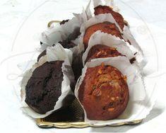 Queques de Chocolate ou Queques de Noz?  A escolha é sua... #Confeitaria #Doces #Queques #Chocolate #Noz #ConfeitariadaLapa #Lapa #Bolos #QuequesdoPorto