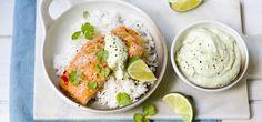 Kjøp Ovnsstekt laks med ris og avokadokrem og resten av ukeshandelen med ett klikk! Laks er både sunt, godt og raskt å tilberede. Her serveres den med en kald avokadokrem. Enklere blir det ikke!
