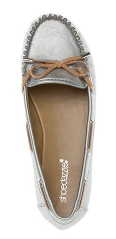 Would go with most everything casual!!  Mirte Loafer