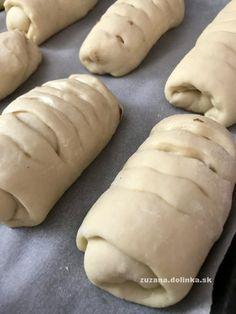 Jablková nutelo-rolka – moje malé veľké radosti Hot Dog Buns, Hot Dogs, Bread, Food, Basket, Brot, Essen, Baking, Meals