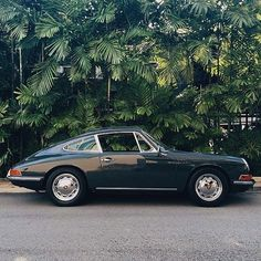 Porsche 911 F Modell - - Cars and motorcycles - Autos Porsche Macan Turbo, Porsche 911 Cabriolet, Porsche Boxster 986, Porsche Cayenne Turbo, Porsche Girl, Porsche 918 Spyder, Porsche Autos, Old Porsche 911, Porsche Classic