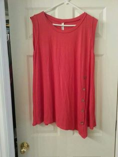 I love the tunic in this color.  I have it in aqua.