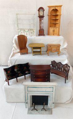 TYNIETOY Wooden CHIPPENDALE LOWBOY MAPLE DRESSER Dollhouse Miniature 1920s/40s