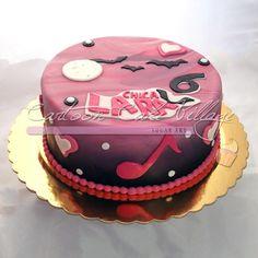 Pasteles de Chica Vampiro, gran tendencia en Italia. / Cakes from Vampire Girl, a great trend in Italy.