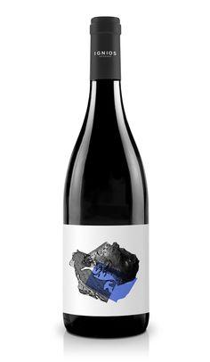 Baboso Negro « Ignios Orígenes Wine Label Art, Wine Label Design, Bottle Packaging, Coffee Packaging, Food Packaging, Wine Leaves, Bourbon, Packaging Design Inspiration, Design Packaging