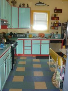 Different Colored Doors Kitchen Cabinets