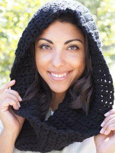Girls Hats, Crochet Fall, Winter Warmers, Girl With Hat, Winter Wear, I Fall, Scarves, Canada, Detail