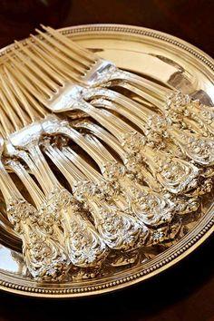 Alex Hitz, Silverware, fine silver, Francis I pattern Silver Spoons, Silver Plate, Silver Cutlery, Vintage Cutlery, Silver Rings, Vintage Silver, Antique Silver, Francis I, Zinn