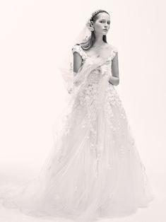 La première collection de robes de mariée d'Elie Saab Elie Saab Bridal 13