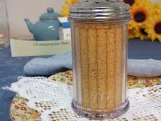 Raw Parmesan Cheese: ground walnuts, nutritional yeast, onion powder.