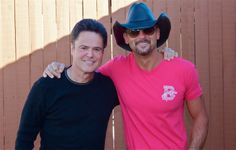 OMG - Tim McGraw & Donny Osmond :-).My very first crush still love watching him.Please check out my website thanks. www.photopix.co.nz