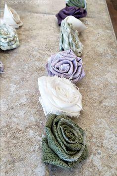 DIY Fabric Flower Garland - A Wonderful Thought Easy Fabric Flowers, Cloth Flowers, Felt Flowers, Diy Flowers, Crochet Flowers, Flower Pots, Paper Flowers, Floral Garland, Flower Garlands
