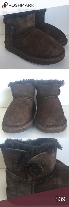 UGG Brown toddler boots Size 10 Good preowned condition normal wear. UGG Shoes Boots