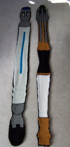 SONIC SCREWDRIVER SCARVES AND OTHER DOCTOR WHO KNITS