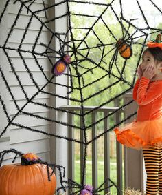 Halloween outdoor decorations on pinterest halloween for Animated spider halloween decoration