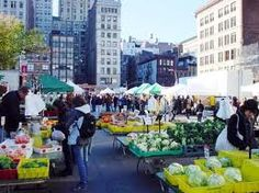 then I moved to 18th street in NYC.  Four girls, one bathroom, on the ninth floor of a walk-up above a firehouse.  It almost sounds cliche ... Union Square was pre-renovation so didn't have quite the awesomeness that it does today.  But green market was getting going and it was a highlight of the neighborhood even then