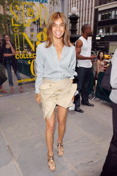 gagging for this look - so simple + yet, look @ that skirt + them heels! - Carine Roitfeld