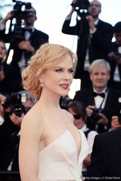 Nicole #Kidman at #Cannes2013 - John #Nollet her official hairdresser for the occasion http://www.livecoiffure.com/en/posts/23323-interview-with-john-nollet-loreal-paris-hair-expert