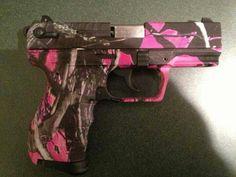 Want! Pink Camo Gun, Camo Guns, Pink Guns, Pink Camouflage, Guns N Roses, Muddy Girl Camo, Hunting Girls, Hunting Gear, Hunting Stuff