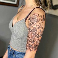 Top Half Sleeve Tattoos, Half Sleeve Flower Tattoo, Arm Sleeve Tattoos For Women, Bicep Tattoo Women, Cross Tattoos For Women, Quarter Sleeve Tattoos, Half Sleeve Tattoos Designs, Shoulder Tattoos For Women, Arm Tattoos Girls