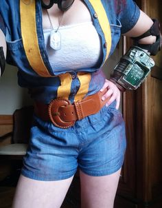 Boomers Cosplay: Fallout New Vegas Fallout Cosplay, Bioshock Cosplay, Fallout Art, Fallout New Vegas, Arte Steampunk, Video Game Logic, Vault Tec, Cosplay Costumes, Cosplay Ideas