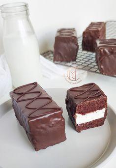 Biscuit Cupcakes, Easy Desserts, Dessert Recipes, Ramadan Recipes, Cake & Co, No Sugar Foods, Sugar Sugar, Christmas Desserts, I Love Food