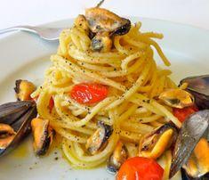 Νηστίσιμα Ζυμαρικά Kebab Recipes, Seafood Recipes, Greek Recipes, Food Network Recipes, Spaghetti, Meat, Baking, Ethnic Recipes, Drink