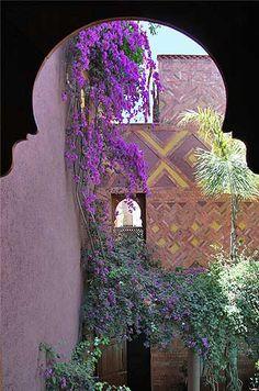 Riad Noga, courtyard, Marrakech