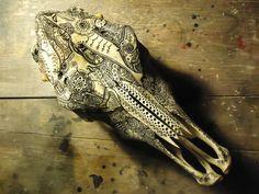 Carved Skulls par Jason Borders #skull #carved