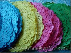 paper doilies craft ideas | Cool Craft and DIY Ideas / How to dye paper doilies tutorial http ...