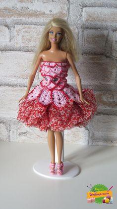Robe pour poupée Barbie par Haekelbiggi sur Etsy