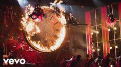 P!nk - Just Like Fire (2016 Billboard Music Awards Performance)
