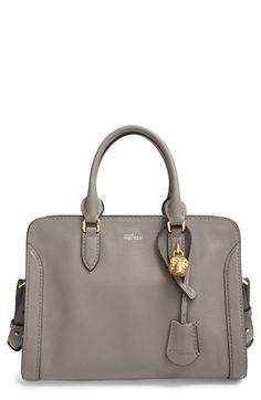 ee727f2aa7 SAINT LAURENT Cabas Chyc Medium leather shopper £1
