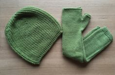 Baby Alpaca Beanie & Arm Warmers in Green Tea