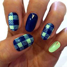 Blue and green gingham#nailart
