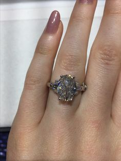 DREAM RING! 3+ Ct oval - would prefer side baguettes ass opposed to the Art Deco styled side stones