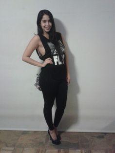 electro outfit . glows inthe dark. taller VI. ecotecnologia
