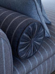 Photo 3.-Loro-Piana-Interiors_Dormeuse+round-pillow-in-Dandy.jpg