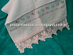 Artes na Passarela: Barrado de crochê com corações e tulipas em ponto ...