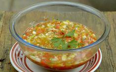 Vinagrete de alho-poró Fácil de fazer, acompanhamento leva pimentões, maçã e tomate cereja