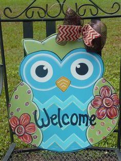 Hand Painted Wood Welcome OWL Door Hanger Wall Decor with Flowers AngelenesCollection