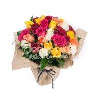 Trandafiri multicolori in decor sac Floral Wreath, Wreaths, Home Decor, Decoration Home, Room Decor, Bouquet, Flower Band, Interior Decorating, Floral Arrangements