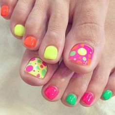 Colorful Neon Toe Nail Design for Summer